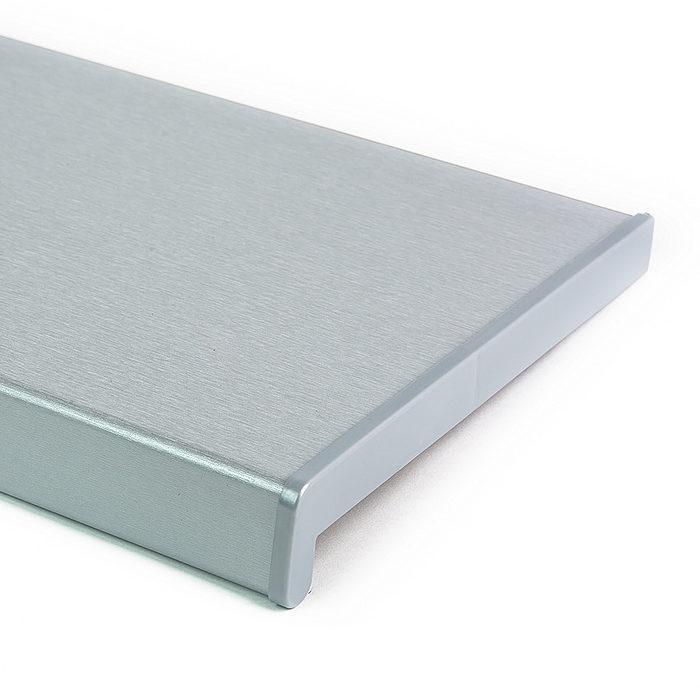 Vnitřní plastový parapet stříbrná hloubka do 300mm